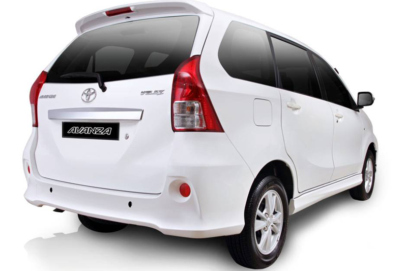 toyota avanza in india preview   indiandrives
